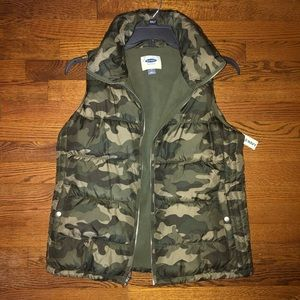 Old Navy Camo Puffer Vest